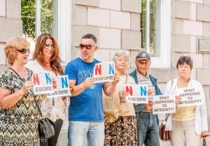 esplanade protest - jacqui carrel - jersey - 16 june 2015-27
