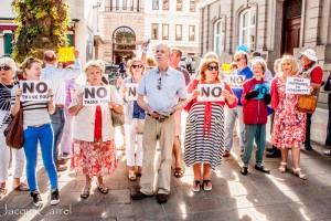 esplanade protest - jacqui carrel - jersey - 16 june 2015-76